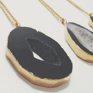 Jewelry - 24k gold electroplated large black druzy necklace
